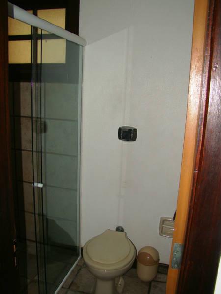 Banheiro social 2° piso c.jpg